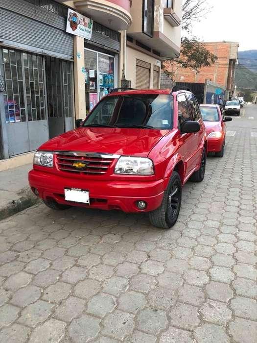 Chevrolet Grand Vitara 2009 - 180 km
