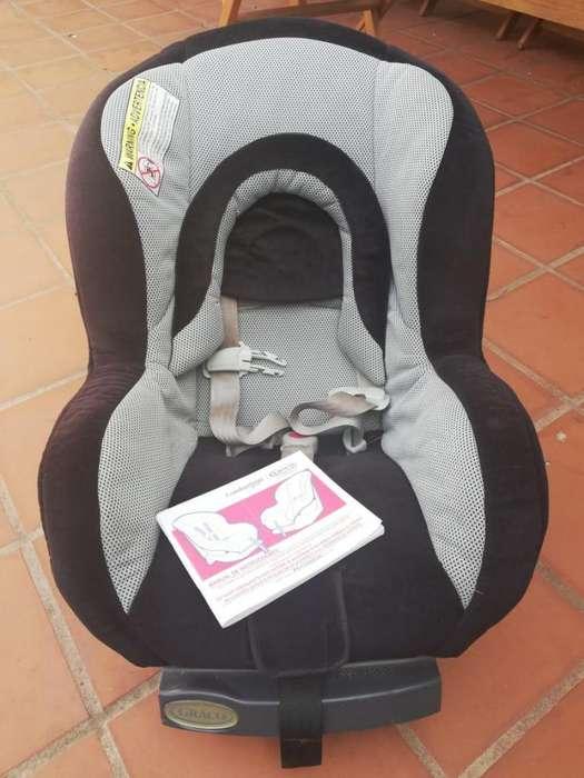 Silla de seguridad para auto <strong>gracco</strong> desde 0 a 18kg.