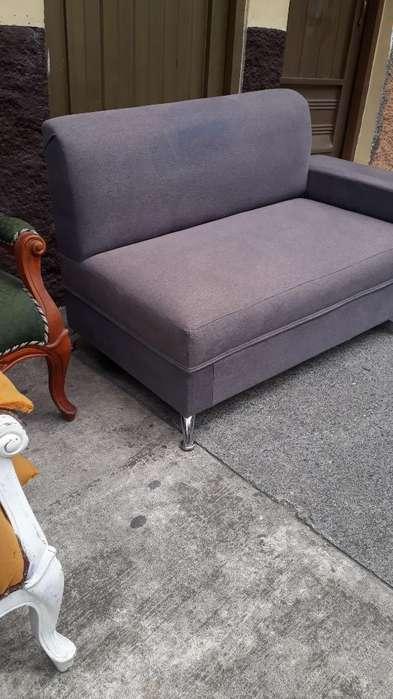 Sofa Mediano