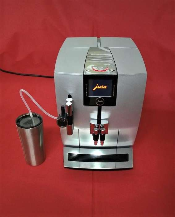 <strong>cafetera</strong> CAPUCHINERA JURA IMPRESSA J9.3 ONE TOUCH