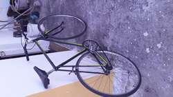 Vendo bicicleta R 28