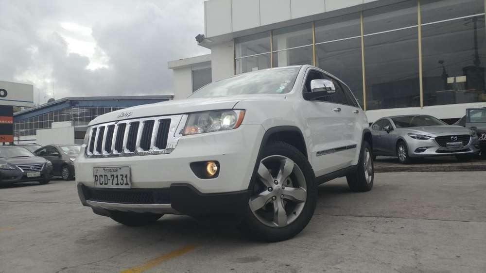 JEEP GRAND CHEROKEE 2013 - 82000 km