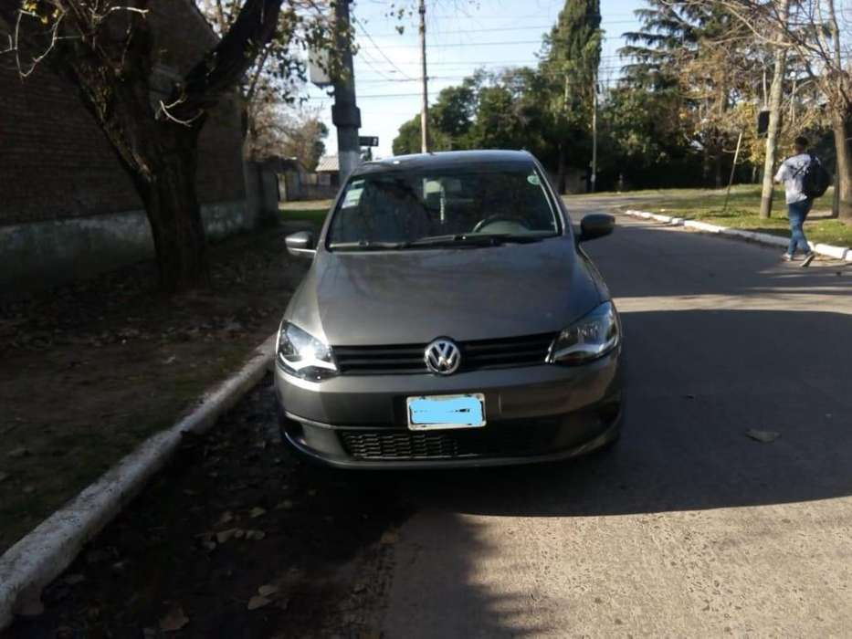 Volkswagen Fox 2014 - 43000 km