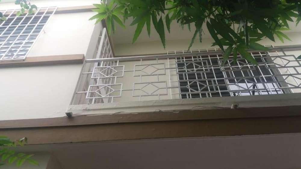 Alquiler, de departamento en Centenario Sur
