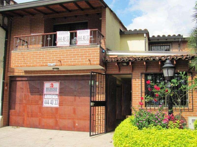 Cod. ABMER195932 Casa-Local En Arriendo En Medellin Estadio
