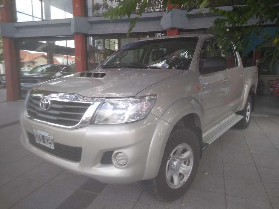<strong>toyota</strong> Hilux 2015 - 84000 km