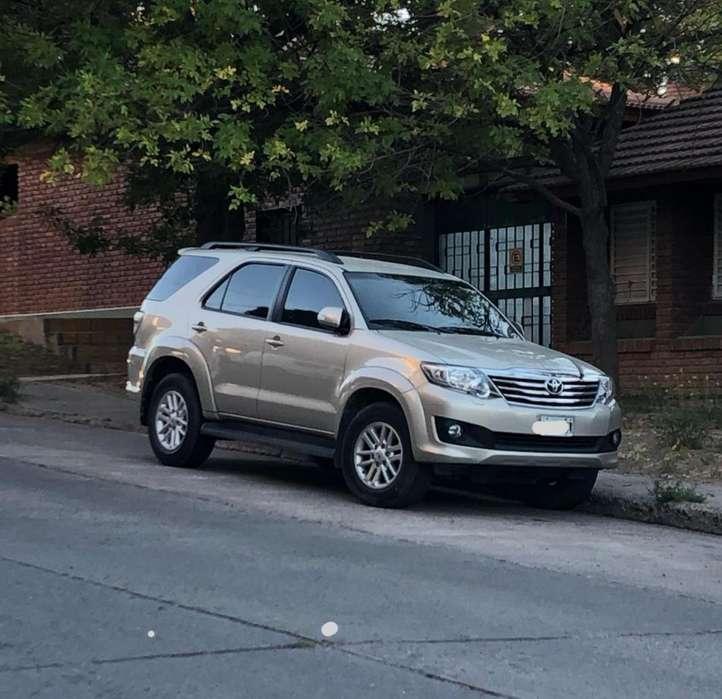 Toyota Hilux SW4 2013 - 42000 km