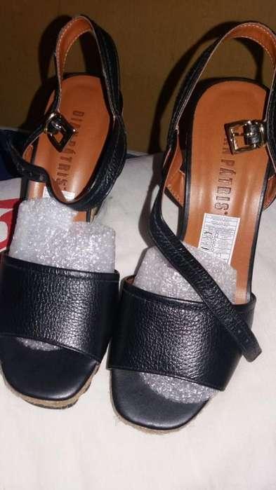 fee8f45f73c Mujer  Ropa y Calzado en venta en Ecuador