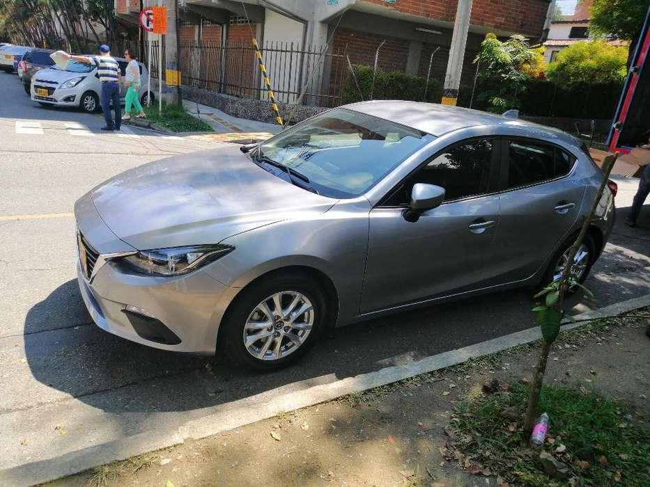 Mazda 3 2016 - 18000 km