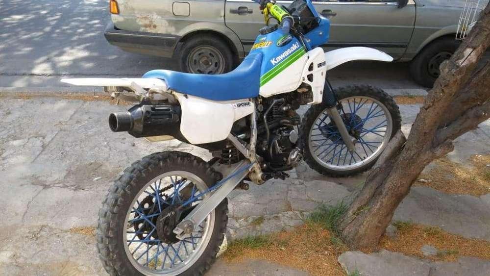 <strong>kawasaki</strong> KLR 250 modelo 89 , lista para transferir