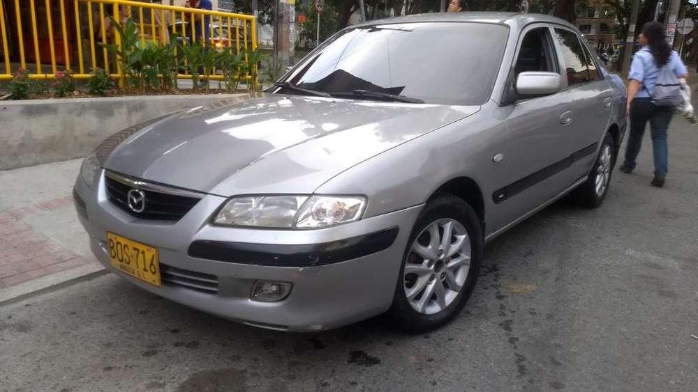 Mazda 626 2004 - 140000 km