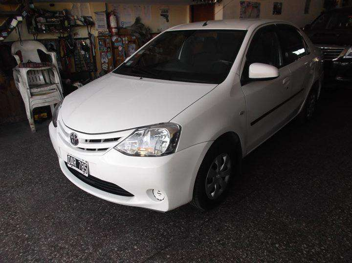 <strong>toyota</strong> Etios 2014 - 110000 km