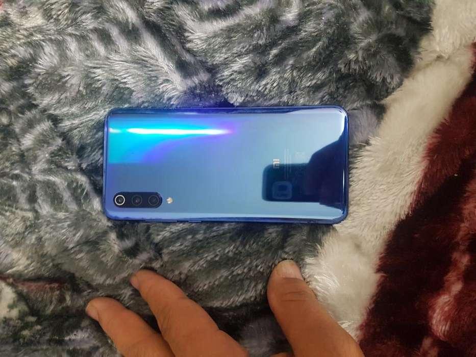 Vendo <strong>celular</strong> Xiaomi Mi 9 en Perfecto Es