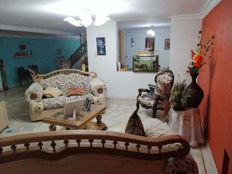 Cod. VBKWC-10403581 Casa En Venta En Cali Urbanización Tequendama