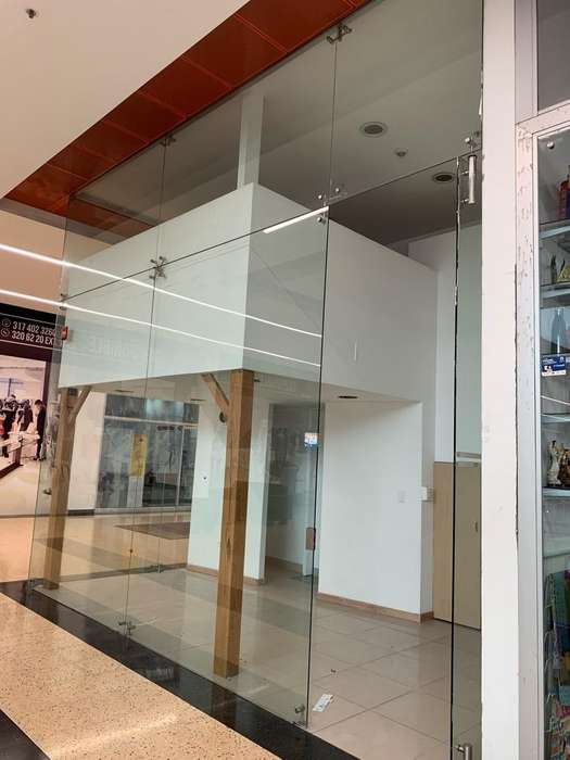 Venta de local comercial en centro comercial City Plaza - Medellin