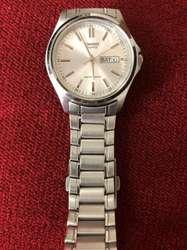 fa7451bb05b3 ... Elegante reloj marca Casio de acero para hombre ...