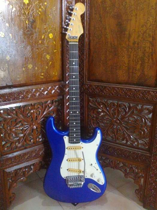 Squier stratocaster System one MIJ 1987 ESeries