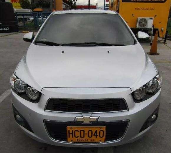Chevrolet Sonic 2013 - 32100 km