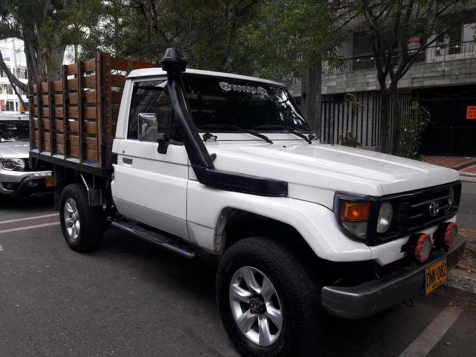 Toyota FJ 1996 - 200000 km