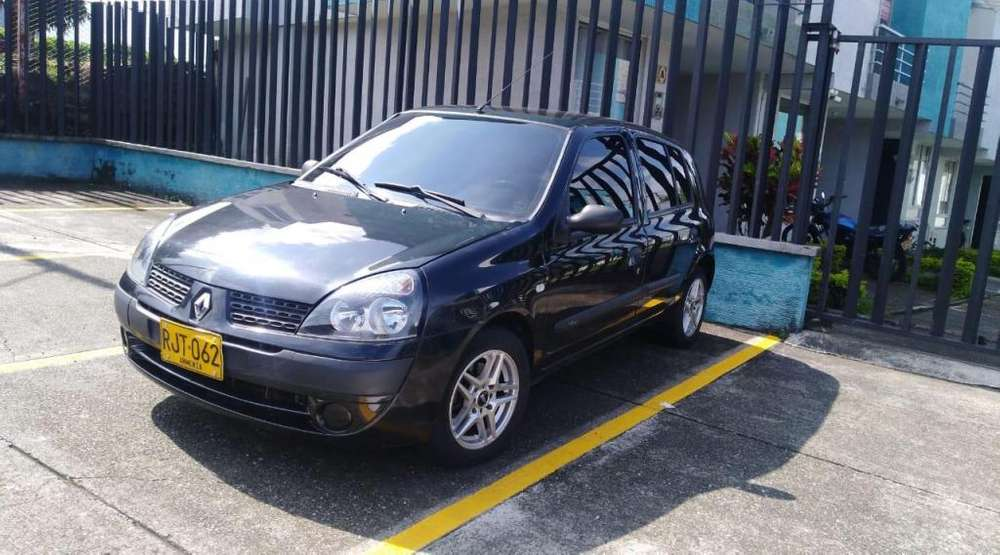 Renault Clio  2012 - 89000 km