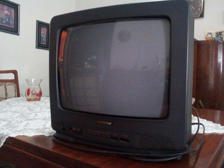 Vendo TV color Goldstar 14 pulgadas