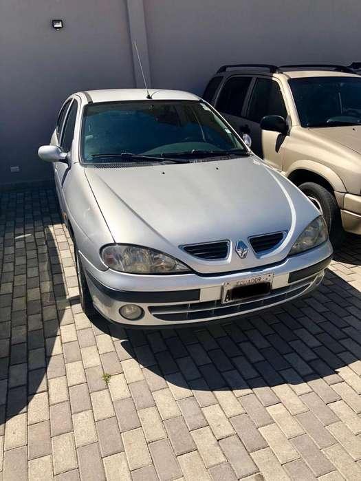 Renault Megane  2004 - 200000 km