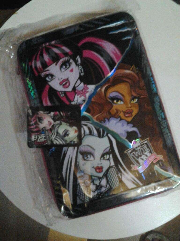Cartuchera Nueva de Unmpiso Monster High