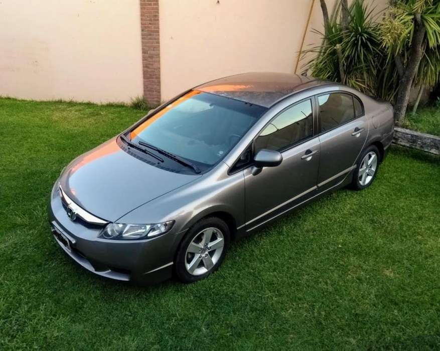 Honda Civic 2011 - 136000 km