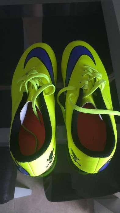 Botines Nike Hipervenom Orig con Tapones