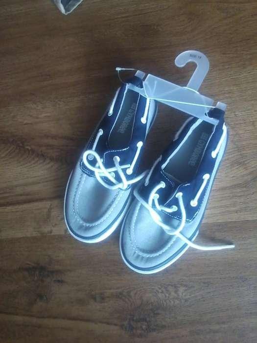 Zapatos Gyboree Niño Talla 30