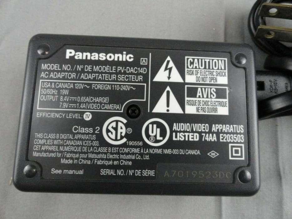 Panasonic PV-DAC14D CA Adaptador Cámara Cargador De Batería