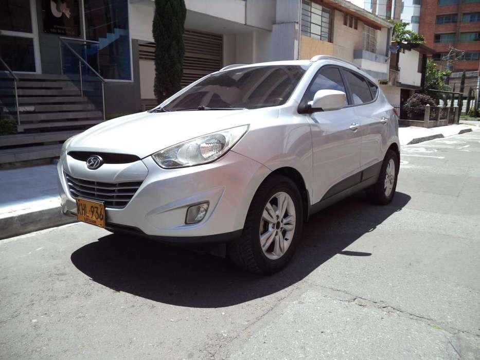 Hyundai Tucson ix-35 2011 - 90000 km