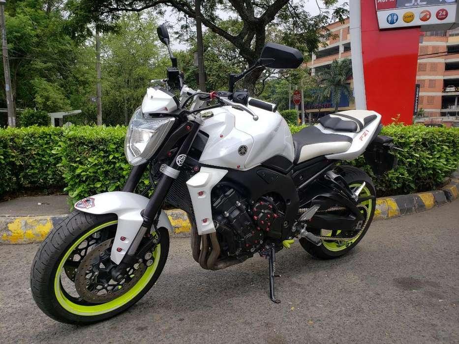 Yamaha Fz 1000 Modelo 2010 Perfecta Blan