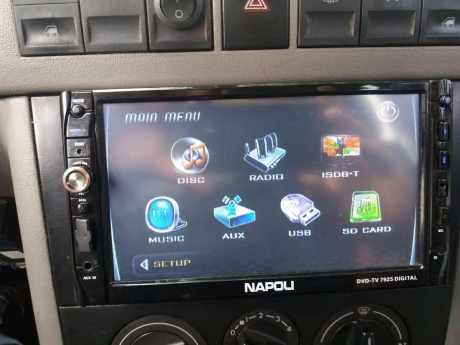 Estereo con TV digital,Bluetooth,usb,Targeta sd,cd,DVD