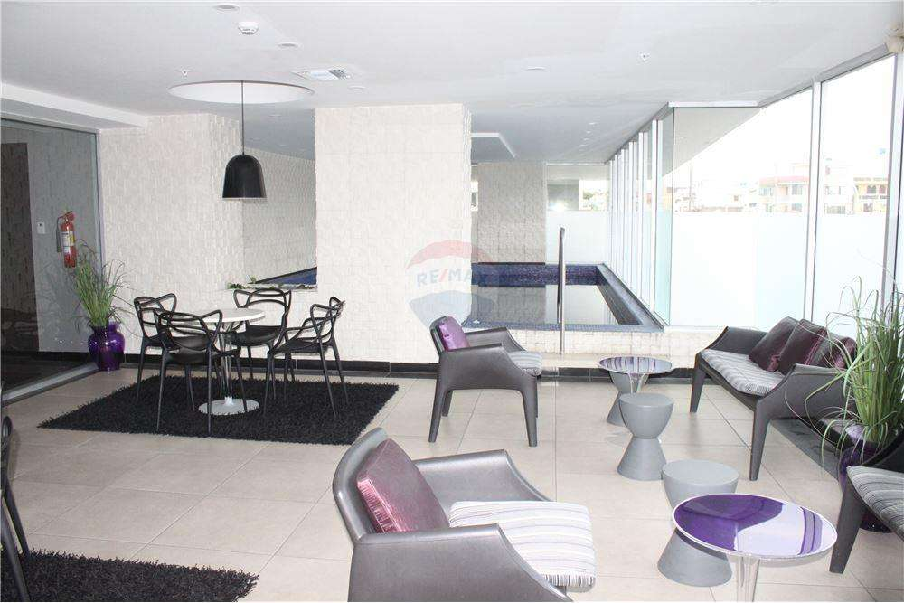 Vendo Departamento en Edificio Quo Luxury Apartments Frente al Mall del Sol