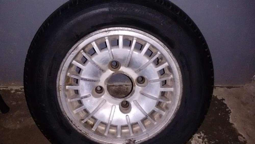 Vendo <strong>neumatico</strong> Michelin llanta