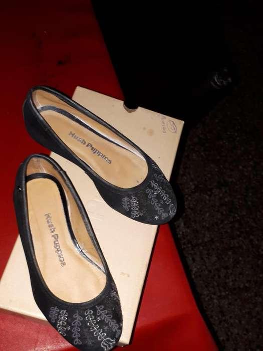 zapato de gamuza negros talle 29