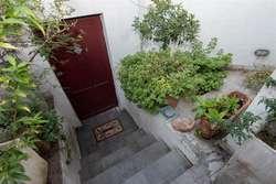 Hermosa y alegre casa con patio terraza y piscina, llena de luz!