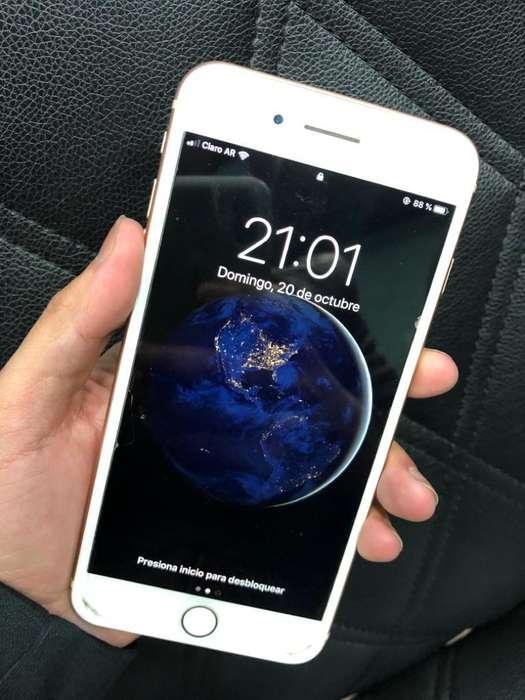 iPhone 8 PLUS impecable estado con su caja y accesorios