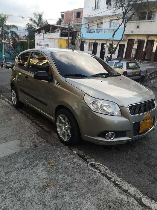 Chevrolet Aveo Emotion 2012 - 61000 km