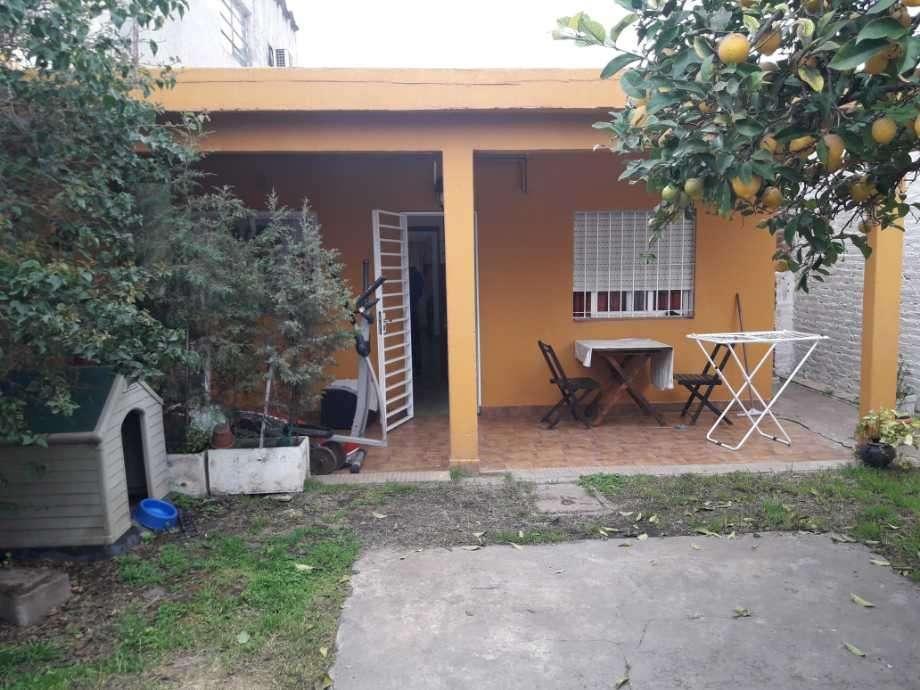 Casa para 2 Familias en venta en Francisco Alvarez