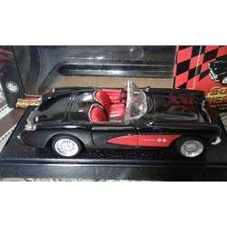 Chevrolet Corvette 1957. Escala 1:24