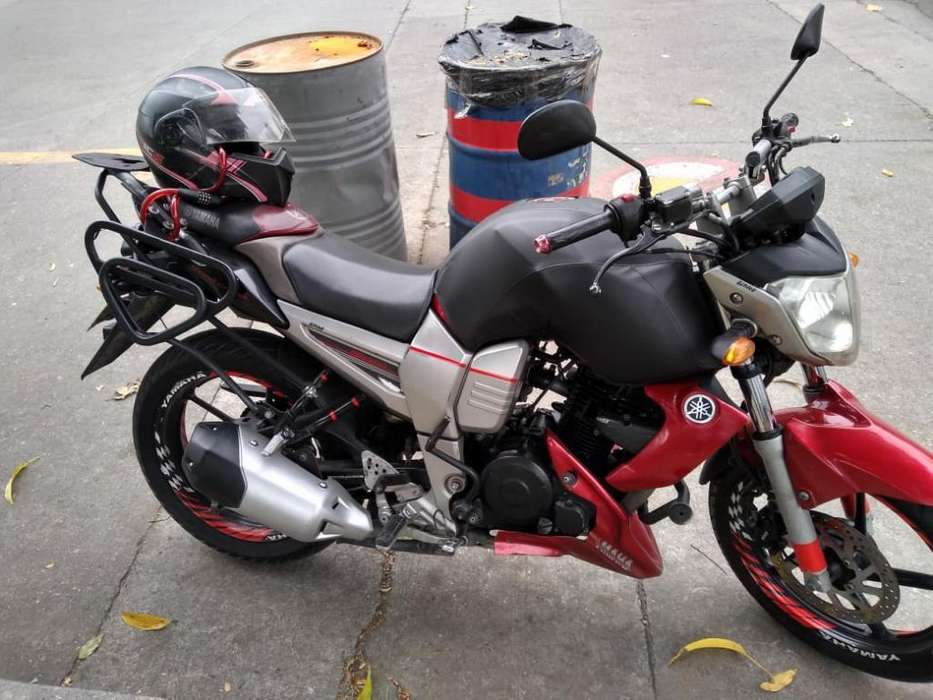 Vendó Moto Fz 16 Modelo 2010 Contodo