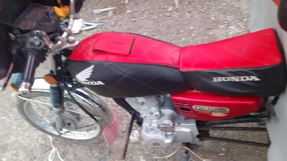 Vendo Moto Taxi Honda 125 Motor Standard