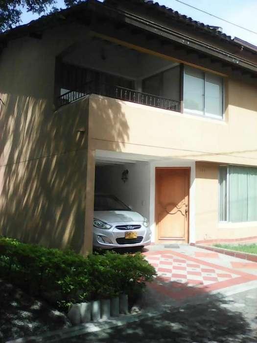 Cod. VBBER918 Casa Condominio En Venta En Envigado Otra <strong>parte</strong>