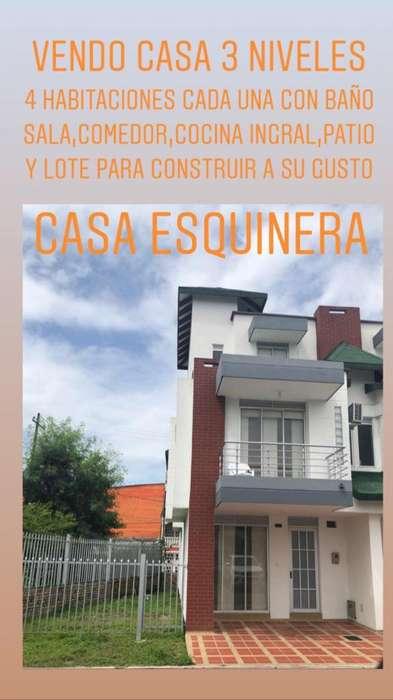 Venta de Casa Esquinera Y Lote