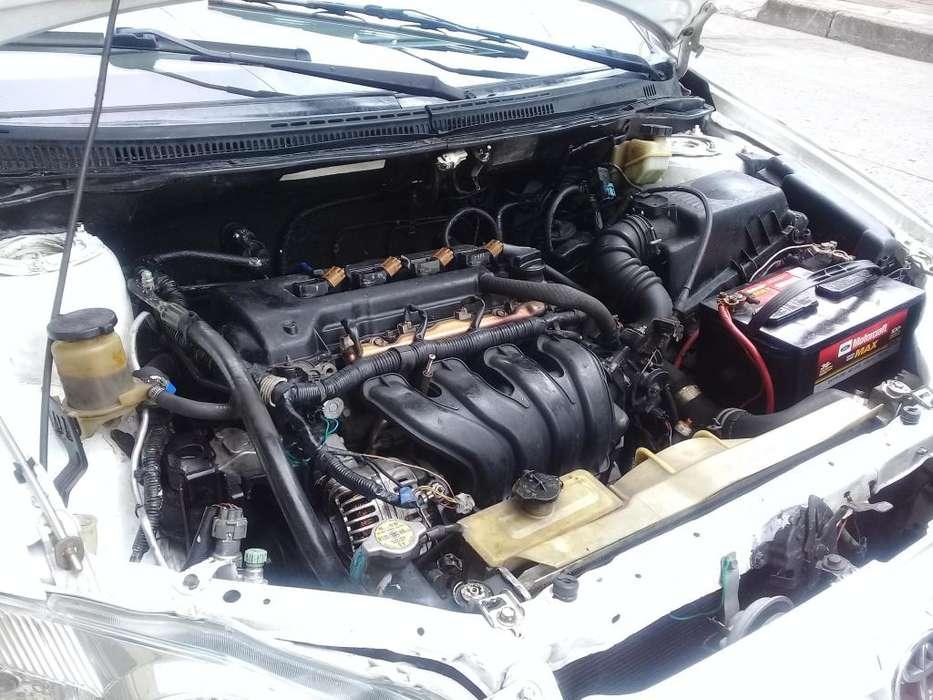 Toyota Corolla 2004 - 250000 km