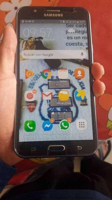 Vendo <strong>celular</strong> Samsung J7