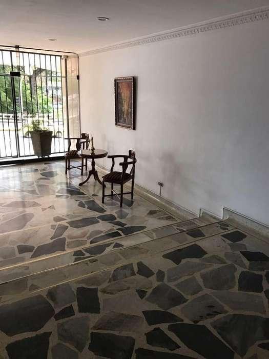 87138 - Apartamento remodelado en 8vo piso