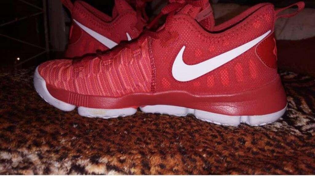 Zapatillas Nike Lebron15 Talle 35/36